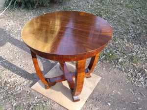 art-deco-small-table