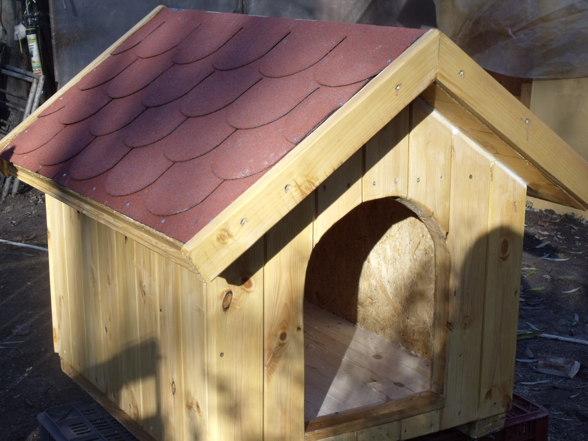 Double walled heat insulated dog house uncategorized for Insulated double dog house