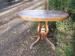 felujitando-poklabu-asztalka