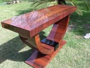 art-deco-asztal