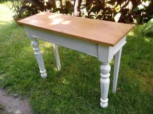 paraszt-asztal